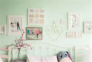 things to put on your bedroom wall colourful kawaii bedroom decor and organisation modern