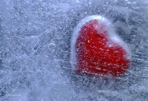 wallpapers of frozen heart frozen heart by dioxenya on deviantart