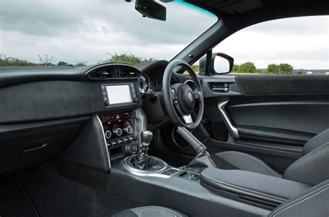 Toyota Gt Interior by Toyota Gt86 Review 2017 Autocar
