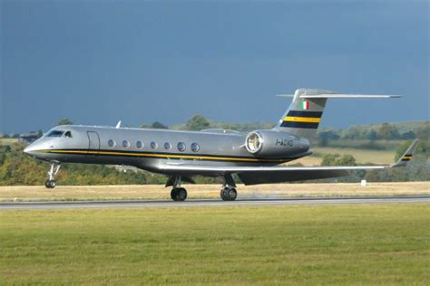 top 10 jets most stylish corporate jet investor