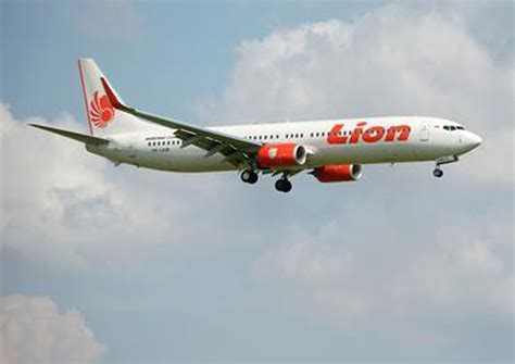 batik air pontianak lion air group opens new indonesia and international