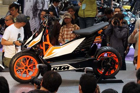 Ktm Scooters Ktm E Speed Electric Scooter Concept Revealed In Tokyo