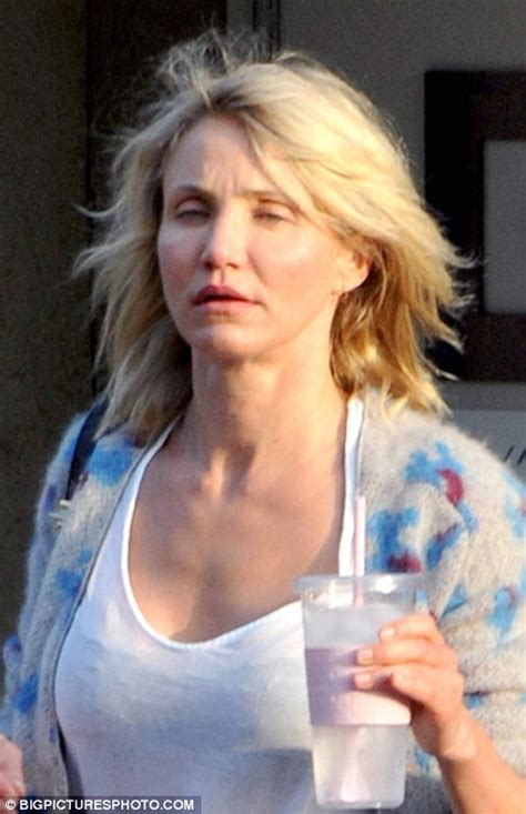 Dressing Conforama 468 by Cameron Diaz 43 Is Completely Makeup Free In Bold New