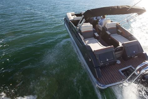 crest pontoon boats crest pontoon excellence is in our dna