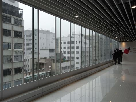 Interior Wall Window by File Hk Tst Isquare Mall Interior Glass Wall Windows View