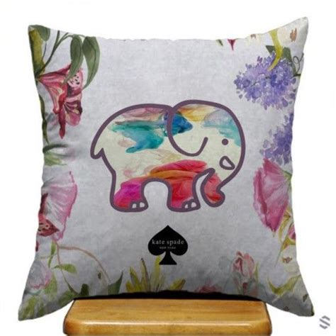 Best Affordable Pillows by Best 25 Cheap Pillows Ideas On
