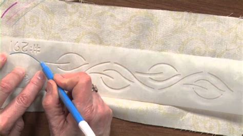 Watch How To Use Quilting Stencils Great For Beginners Keeping U N Stitches Quilting How To Use Quilting Templates