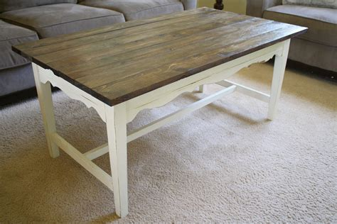 chalk paint table diy farmhouse coffee table