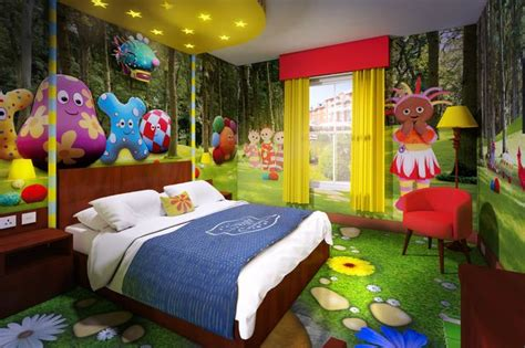 themed hotel rooms uk alton towers reveals what cbeebies hotel rooms will look