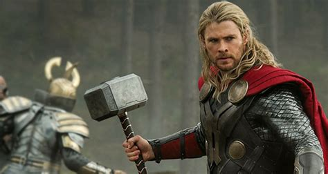 movie thor hammer thor s new avengers infinity war weapon reportedly leaks