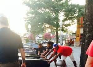 newton kelvin benjamin kony ealy pushing a car