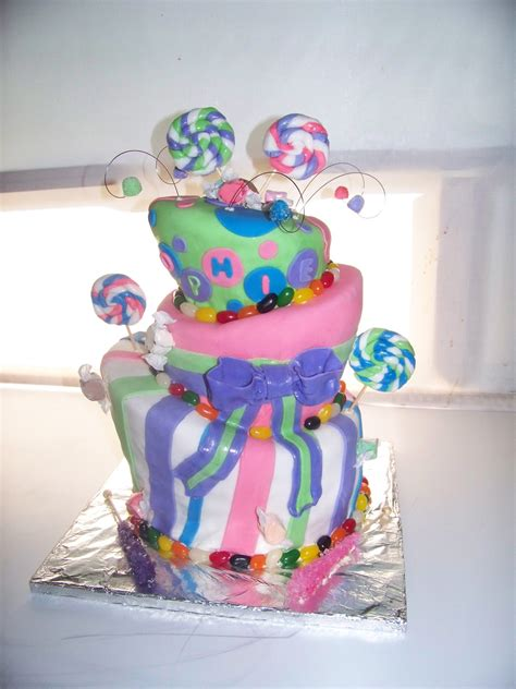 themed birthday cakes online candy themed birthday cake michelle s creative cakes