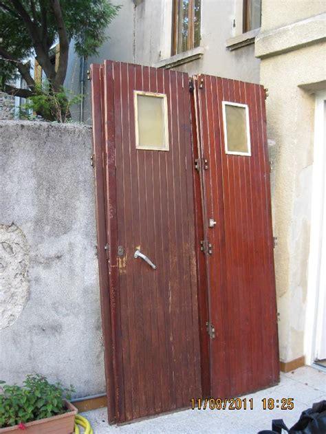 photo porte de garage coulissante en bois 5 vantaux av