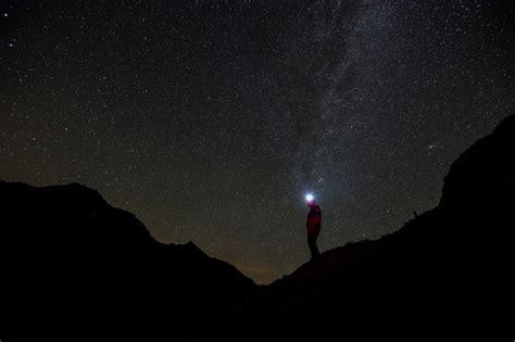 via lattea web astronomia un turbolento incontro ravvicinato nella