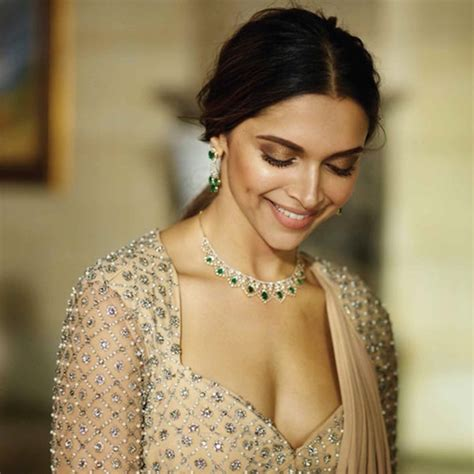 deepika padukone jewellery online deepika padukone tanishq jewelry photoshoot photos 698135