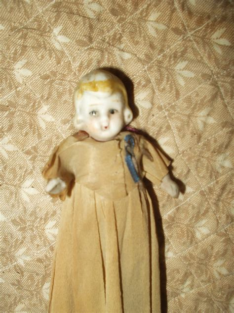 1920 bisque doll vintage 1920 bisque doll movable legs crepe paper