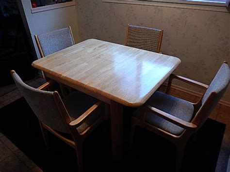 Kitchen Table Chairs With Arms by Kitchen Table W 4 Arm Chairs West Shore Langford Colwood