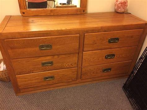 Oak Wood Bedroom Set Furniture In Seattle Wa Offerup Seattle Bedroom Furniture