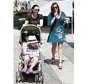 Ariel Winter Indulges In Her Favourite Icy Treat During