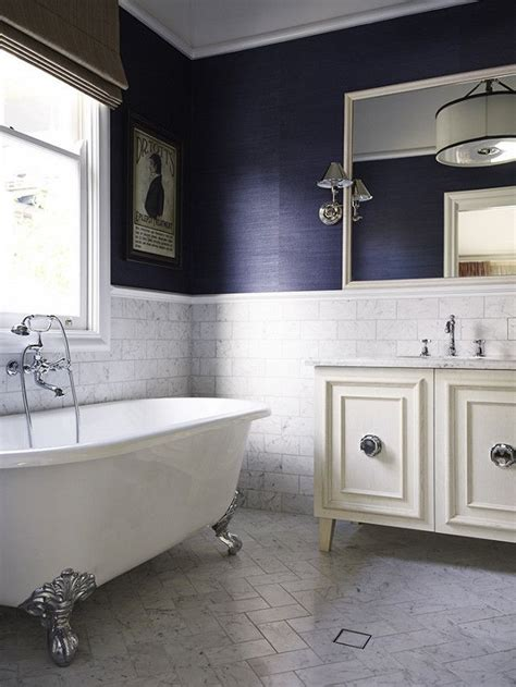 small bathroom dark paint 1000 images about bathrooms powder rooms on pinterest