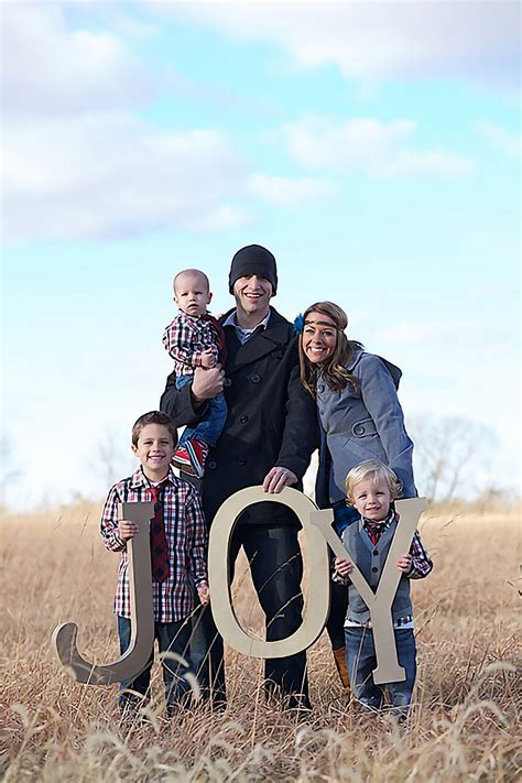 unique family christmas photo ideas ideas for unique family portraits tips and tricks for photographers