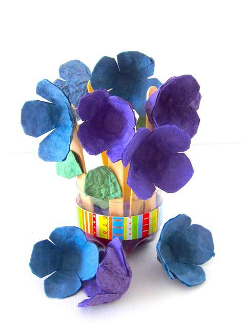 imagenes de flores reciclables c 243 mo hacer un ramo de flores con cajas de huevos