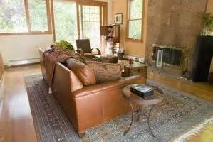 leather and fabric sofa in same room can i decorate with leather furniture and fabric furniture