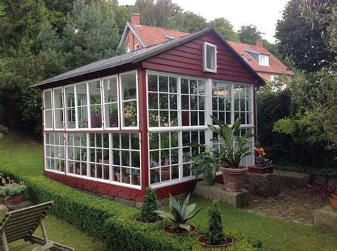 Greenhouse Backyard by 23 Wonderful Backyard Greenhouse Ideas