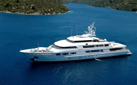 Luxury mega yacht interior images amp pictures becuo