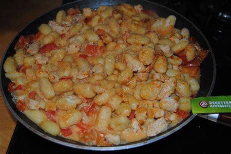 cuisiner gnocchi gnocchi 224 po 234 ler au poulet lait de coco parfum 233 au tandoori