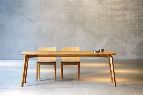 Stuhl Rund by Dweller Table Restaurant Tables From Jankurtz Architonic