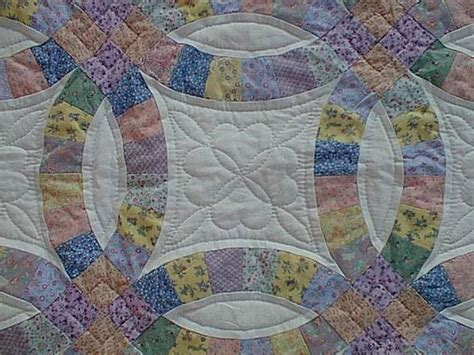 free pattern wedding ring quilt double wedding ring quilt patterns 171 free patterns
