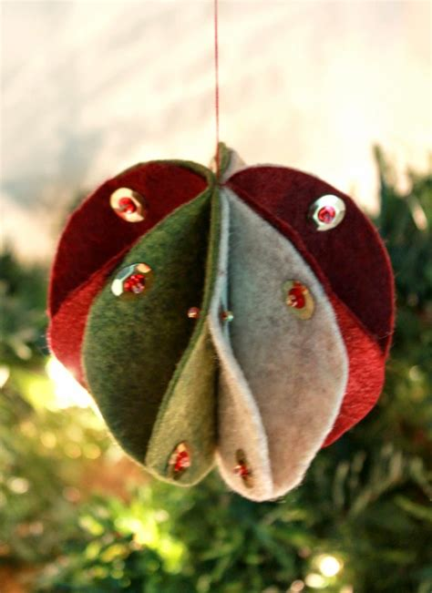 Handmade Tree Ornaments - 70 diy felt tree ornaments shelterness