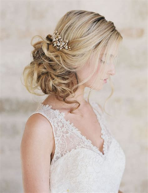 Wedding Hair Updos For Brides by 16 Wedding Hairstyles For 2016 2017 Brides