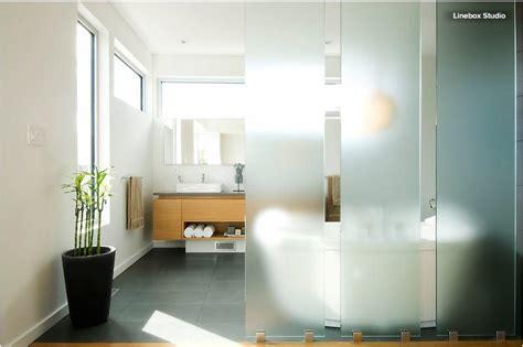 badezimmer mit wand badezimmer mit glas 183 ratgeber haus garten
