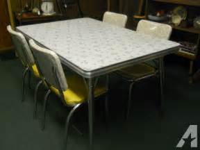 Vintage Retro 1950 S Formica Top Kitchentable Amp 4 Chairs Kitchen Table And Chairs For Sale Ottawa