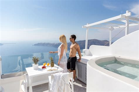 Honeymoon Suite With Hot Tub And Caldera View   Official