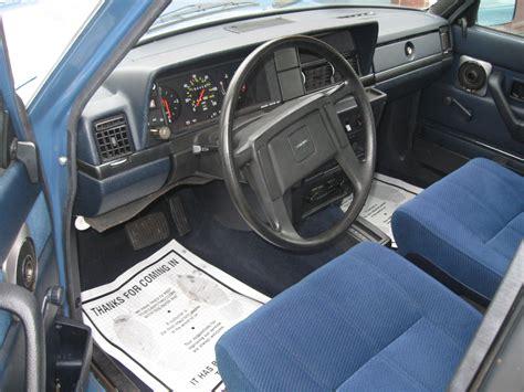 Volvo 240 Interior by 1985 Volvo 240 Pictures Cargurus