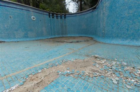 dunkle pool liners acrylveredel renolit alkorplan die weltweit f 252 hrende