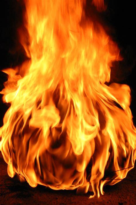 imagenes de love con fuego la bola de fuego wiki creepypasta fandom powered by wikia