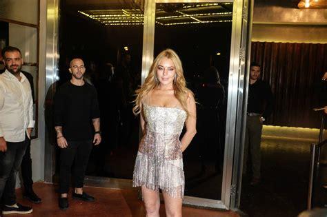 Random Lindsay Lohan Club Pictures by πήγαμε στο γκλαμουράτο Opening του κλαμπ της Lindsay Lohan