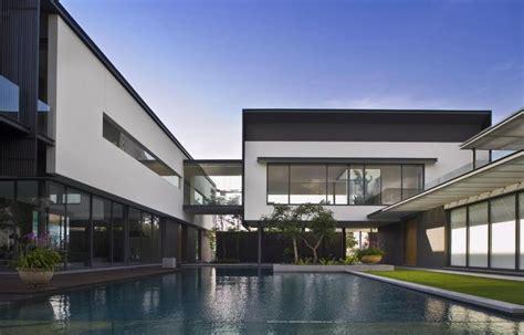 singapore architect blurs  distinction  interior