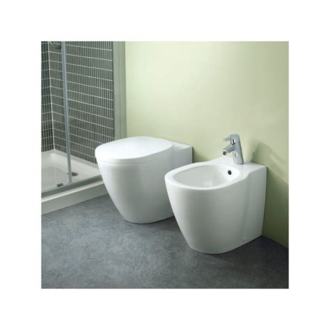 vaso connect ideal standard ideal standard sanitari connect filo parete con coprivaso