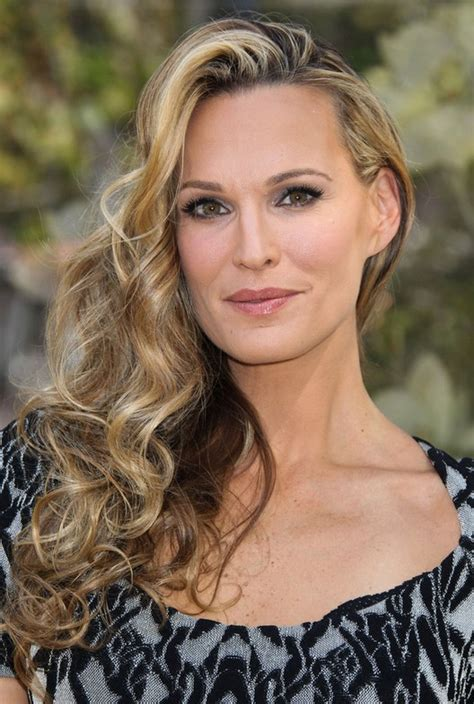 ombre hair over 40 molly sims long ombre curly hairstyle for women over 40
