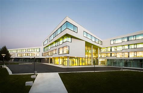 designboom school behnisch architekten realizes ergolding secondary school