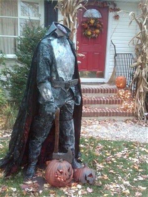 outdoor halloween decorations for your incredible halloween trellischicago the legend of sleepy hollow spooky halloween yard decor