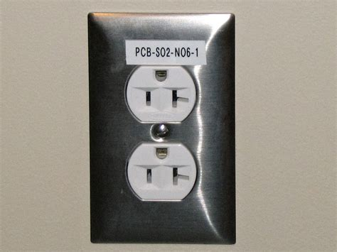 electrical outlet simple the free