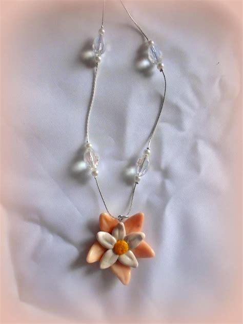 fiore fimo collana in fimo con fiore gioielli collane di think