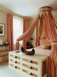 32 cool bedroom decor ideas for the foot of the bed