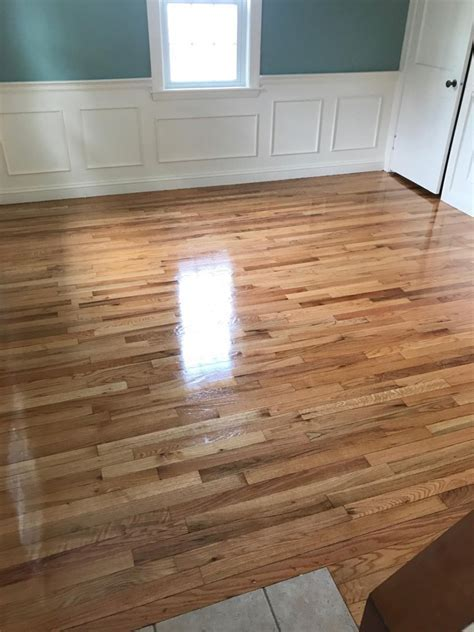 Red Oak Hardwood Floors with a High Gloss Finish   Central